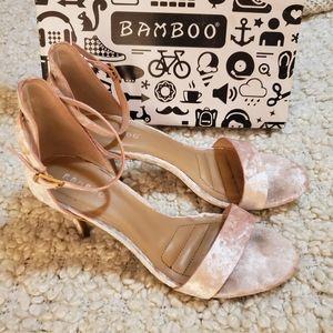 BAMBOO velvet kitten heels